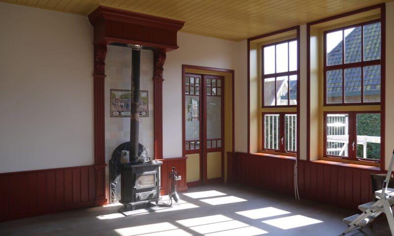 Oude school Burgum